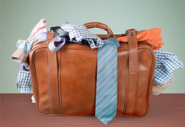 Pack Light to Avoid Stress on Your Next Holiday Getaway